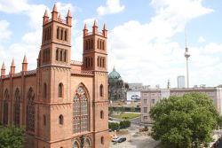 Blick von der Deutschen Presseakademie Berlin auf Schinkels Friedrichwerdersche Kirche